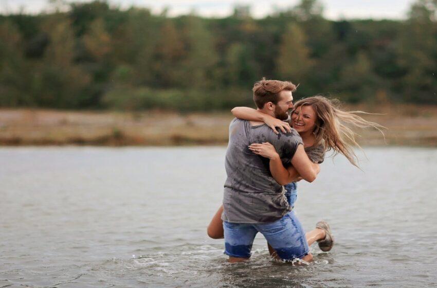 """Cosa significa se il tuo uomo ti dice: """"Ho bisogno di te"""""""